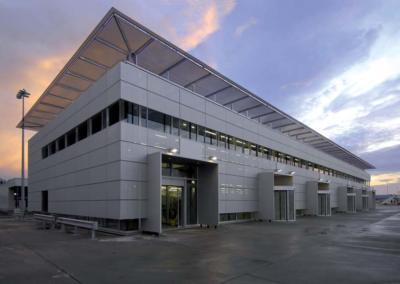 AÉROPORT INTERNATIONAL – SATELLITE 10